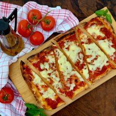 Bolognais pizza